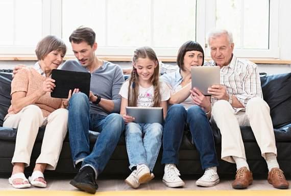 SR-los-consumidores-sociales-multiedad