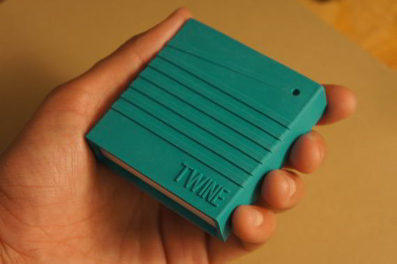 Conjunto de sensores en bloque para Twitear y comunicar por WIFI