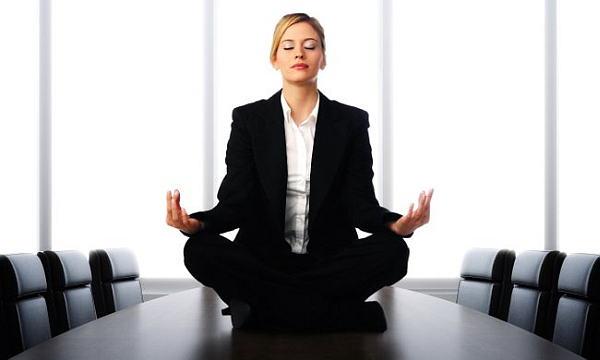 Medita, soy un junco hueco!